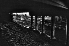 Under Bridge002_Monochrome 2 for Web
